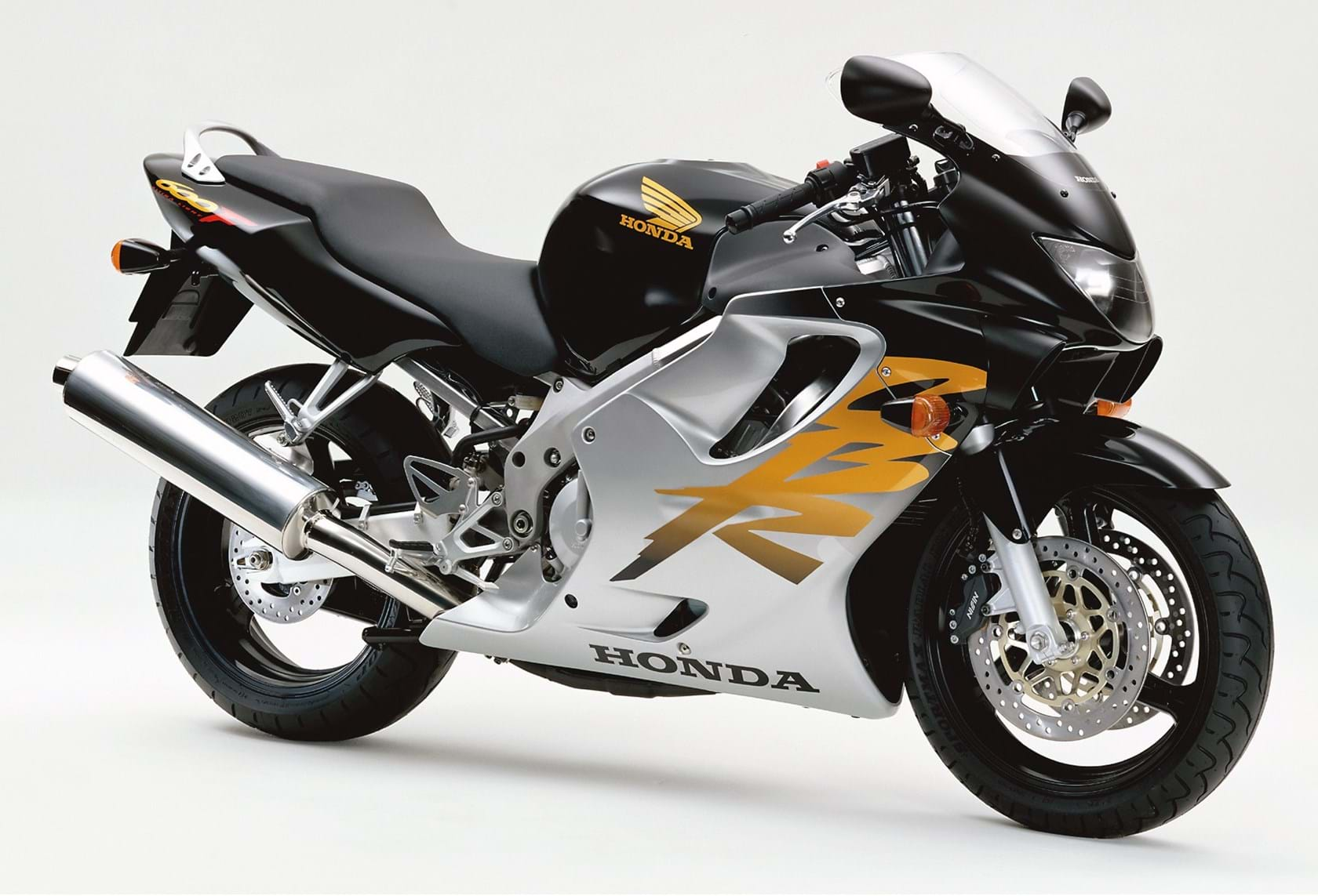 For Sale: Honda CBR600F4 • The Bike Market