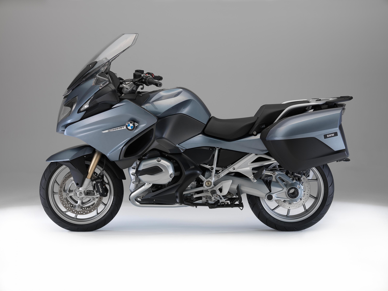 56 2014 Bmw R1200rt Vs 2014 Yamaha Fjr1300es Review